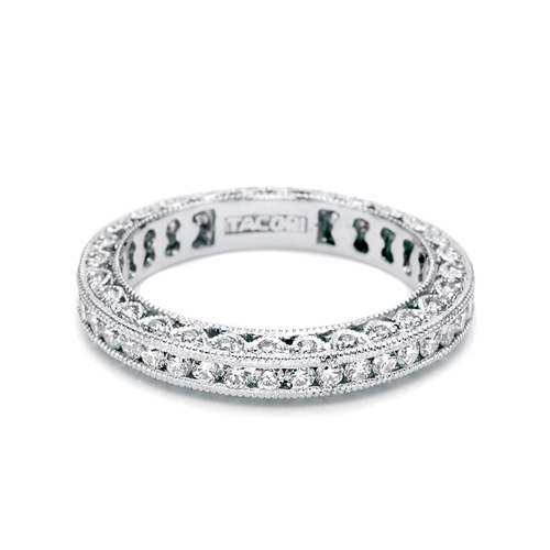 Tacori 18 Karat Crescent Silhouette Wedding Band HT2326SMB