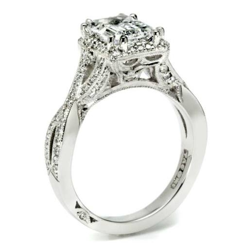 Tacori Dantela 18 Karat Engagement Ring 2627ECLG Alternative View 3