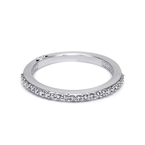 Tacori 18 Karat Simply Tacori Wedding Band 2630BMD12