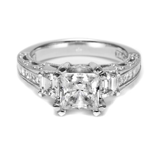 Tacori Crescent 18 Karat Engagement Ring HT2509PR12X Alternative View 2