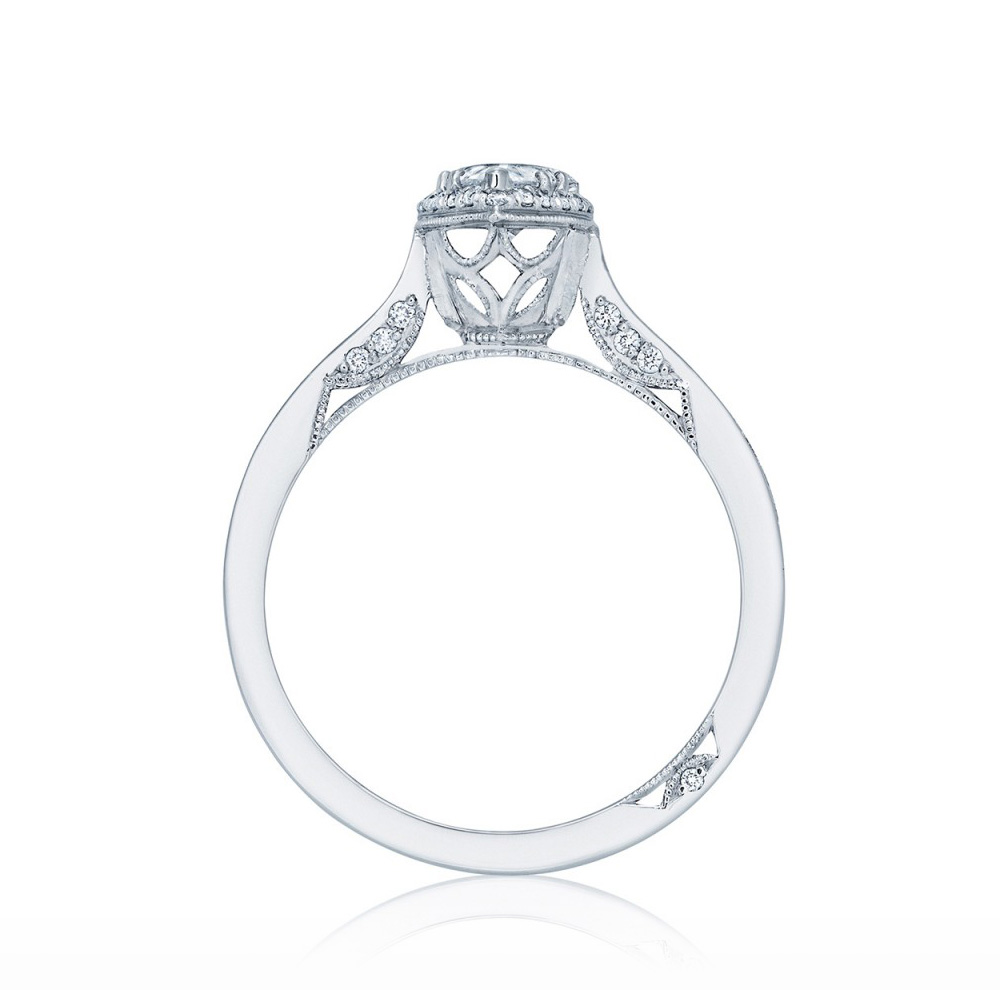 Tacori 2620PS8X5P 18 Karat Dantela Engagement Ring Alternative View 1