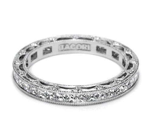 Tacori 18 Karat Crescent Silhouette Wedding Band HT2510PRB Alternative View 2