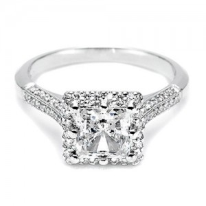 Tacori Platinum Solitaire Engagement Ring 2502PRP5