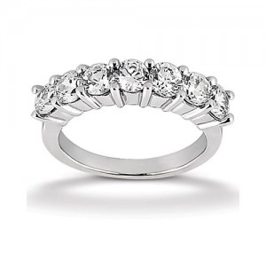 Diamond Seven Stone Band 14 Karat Taryn Collection TQD B-5572