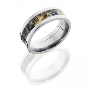 Lashbrook CAMO8F14-RTAP POLISH Camo Wedding Ring or Band