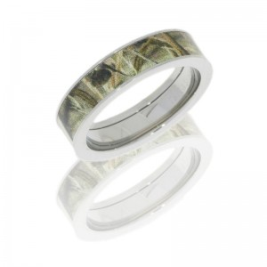 Lashbrook CAMO5F14/RTMAX4 POLISH Titanium Wedding Ring or Band