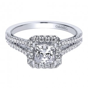 Gabriel - Savannah 14 Karat Princess Cut Halo Engagement Ring ER9402W44JJ
