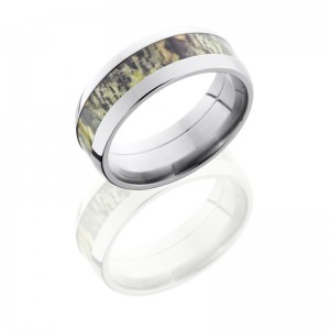 Lashbrook CAMO8D14-MOSSYOAK POLISH Camo Wedding Ring or Band