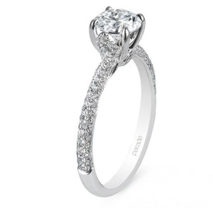 Parade New Classic R2695 14 Karat Diamond Engagement Ring