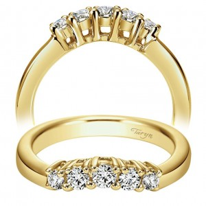 Taryn 14 Karat Yellow Gold Curved Wedding Band TW3813M44JJ