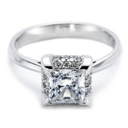 Tacori 18 Karat Solitaire Engagement Ring 2505PR6