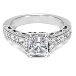 Tacori Crescent 18 Karat Engagement Ring HT2515PR612X