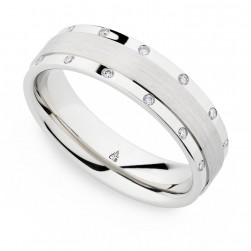 246917 Christian Bauer 14 Karat Diamond  Wedding Ring / Band