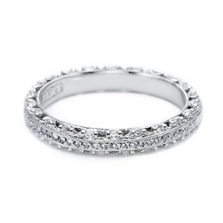 Tacori 18 Karat Crescent Silhouette Wedding Band HT2370P12
