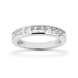 Diamond Channel Set Band 18 Karat Taryn Collection TQD B-8425