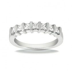 Diamond Seven Stone Band 14 Karat Taryn Collection TQD B-4672