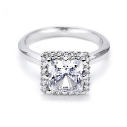 Tacori 18 Karat Solitaire Engagement Ring 2502PR5.5