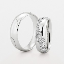 274121 Christian Bauer Platinum Wedding Ring