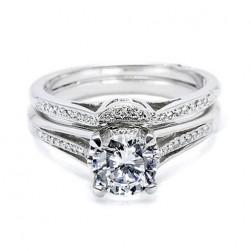 Tacori 2601B 18 Karat Wedding Band