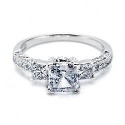 Tacori 18 Karat Crescent Engagement Ring HT2264