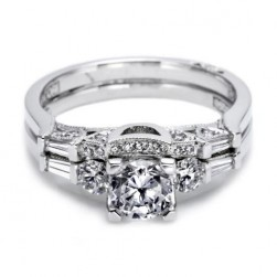 Tacori 2593B 18 Karat Wedding Band