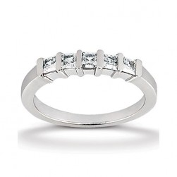 Diamond Five Stone Band 14 Karat Taryn Collection TQD B-4372
