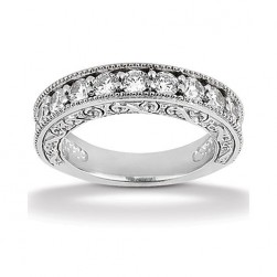 Diamond Antique Band 18 Karat Taryn Collection TQD B-8005
