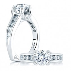 A Jaffe 14 Karat Signature Engagement Ring MES090