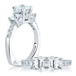A Jaffe 18 Karat Three-Stone Engagement Ring MES126