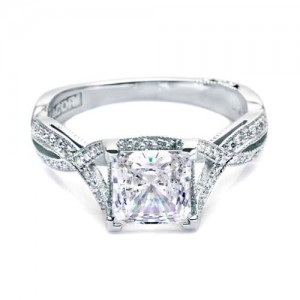 Tacori 2565PRSM5 18 Karat Simply Tacori Engagement Ring