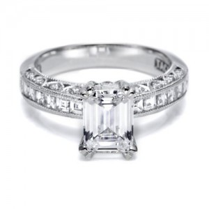 Tacori Crescent 18 Karat Engagement Ring HT2273SOL12