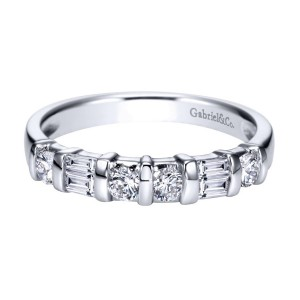 Gabriel 14 Karat Contemporary Wedding Band WB2693PT3JJ