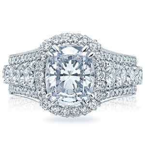 Tacori HT2613CU10X8 18 Karat RoyalT Engagement Ring