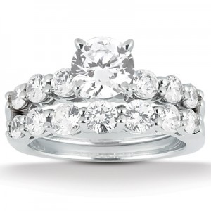 Taryn Collection 18 Karat Diamond Engagement Ring TQD A-4741