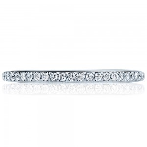 Tacori 2630BMD 18 Karat Dantela Diamond Wedding Band
