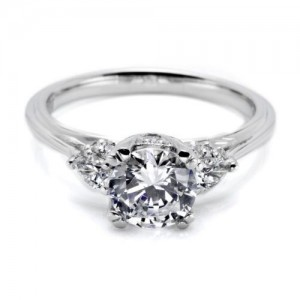Tacori 18 Karat Simply Tacori Engagement Ring HT2311