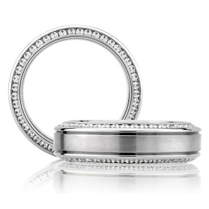 A Jaffe Classic Platinum Wedding Ring BB0131 / 110
