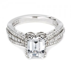 2641ECP8X6 Tacori Dantela Platinum Engagement Ring