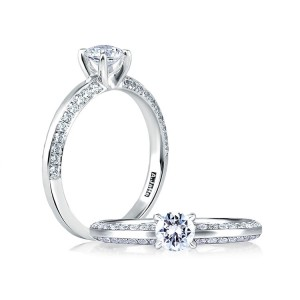 A Jaffe 14 Karat Diamond Engagement Ring ME1543
