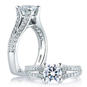 A Jaffe 14 Karat Signature Engagement Ring MES017