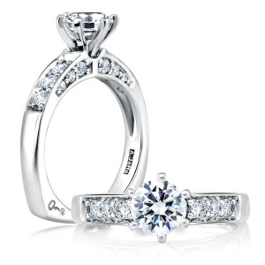 A Jaffe 14 Karat Signature Engagement Ring MES025