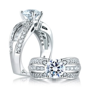 A Jaffe 14 Karat Signature Engagement Ring MES045