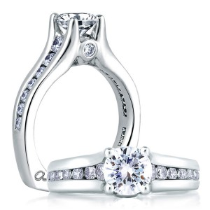A Jaffe 14 Karat Signature Engagement Ring MES228