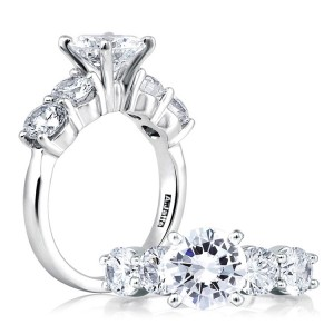 A Jaffe Platinum Classic Engagement Ring ME1083