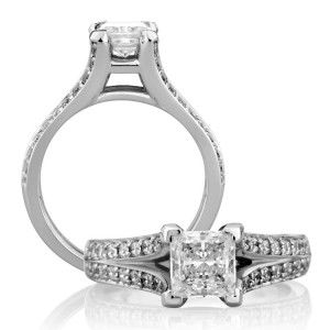 A Jaffe Platinum Classic Engagement Ring ME1260 / 150