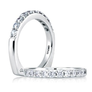 A Jaffe Platinum Diamond Wedding Ring MRS078 / 100