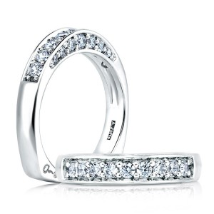 A Jaffe Signature Platinum Wedding Ring MRS025