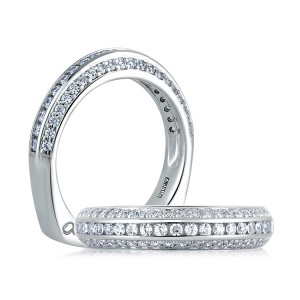 A Jaffe Signature Platinum Wedding Ring MRS235