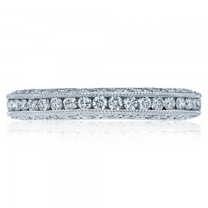 Tacori 18 Karat Crescent Silhouette Wedding Band HT2326B