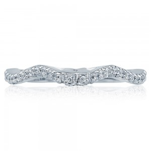 Tacori 3004B 18 Karat Wedding Band